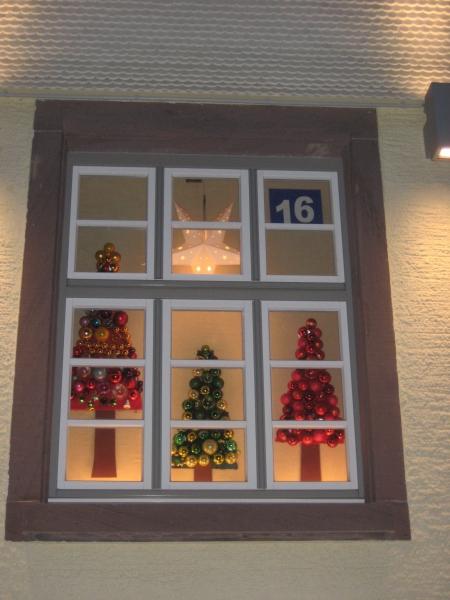 Adventsfenster und Jahresabschluß